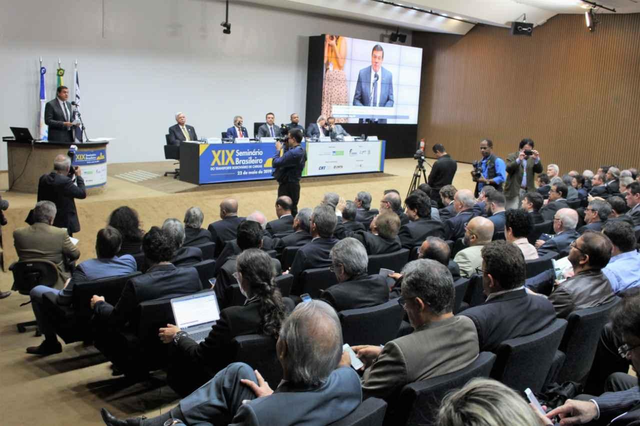 CNTA destaca importância do Piso Mínimo do Frete durante Seminário do Transporte Rodoviário de Cargas